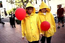 7 easy and trendy halloween costumes her campus