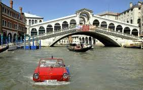 hire a in italy the guide to car hire in venice italy