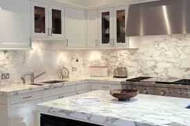 cuisine noir et cuisine noir et bois free cuisine blanche et bois clair