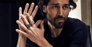 best ring for men the 5 best pieces of jewellery for men how to wear it the idle