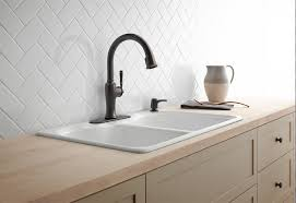 good kitchen faucet 5 tips for selecting the best kitchen faucet h20bungalow