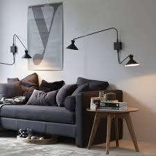 que mettre au dessus d un canapé mettre en valeur mon vieux canapé avec des plaids coussins