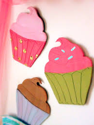 set of 3 large cupcakes wall art by meandmyroom on etsy 20 00 set of 3 large cupcakes wall art by meandmyroom on etsy 20 00