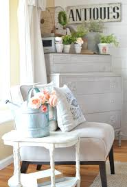 simple ways decorate for spring on a budget