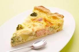 cuisiner des brocolis frais recette de quiche aux pommes de terre saumon et brocoli facile et