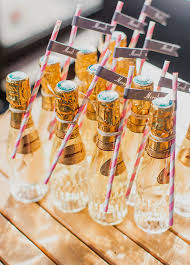 popular wedding favors popular inexpensive wedding favors for your guests