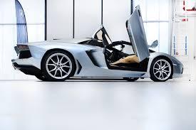 drake cars lamborghini aventador roadster joins drake u0027s supercar collection