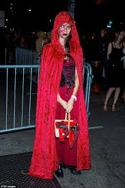 U0027s Wrong Halloween Costume Edition Model Sara Sampaio Channels Red Riding Hood Daily Mail
