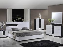 White Solid Wood Bedroom Furniture by Bedroom Furniture Collection In Wood Bedroom Sets On