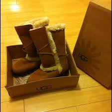 ugg s nightfall boots 40 ugg boots ugg nightfall tassle boot from emily s closet