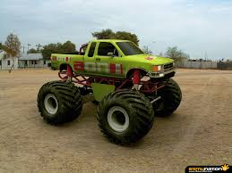 best monster truck videos monster trucks wallpaper gallery 522674504