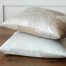 What S A Duvet Pillow U0026 Duvet Edges What Is A Flange Knife Welted And Scallop