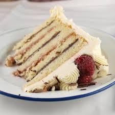 raspberry and chocolate ganache cake with white chocolate
