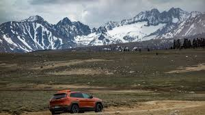 rhino jeep grand cherokee trailhawk coyote flat is the coolest 4x4 camping destination this summer