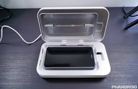uv light to kill germs sanitize your germ ridden smartphone using phonesoap 2 0