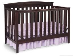 Cribs That Convert by Gateway 4 In 1 Crib Delta Children U0027s Products