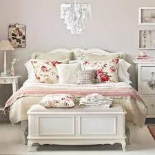 schlafzimmer landhausstil weiss hausdekorationen und modernen möbeln ehrfürchtiges badezimmer