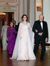 kate middleton wedding dress kate middleton is a goddess in blush gown from mcqueen