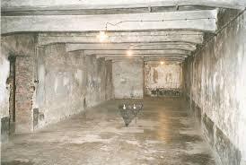 les chambres à gaz auschwitz chambres à gaz intérieur pologne photo de lieux d