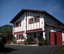 chambres d hotes ascain chambre d hôtes pays basque 8 km de la mer ou de à ascain