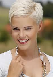 very short layered blonde hairstyles women medium haircut