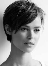 frisuren hairstyles on pinterest pixie cuts short der boxie ist eine schöne mischung aus pixie und bob frisur