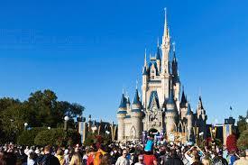 the crowd at the magic kingdom at walt disney ianaberle