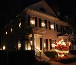 celebration fl christmas lights celebration florida the town features a nightly snowfall during