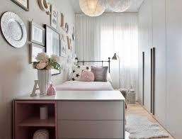 chambre fille petit espace chambre enfant petit espace coussins petit lit tapis parquet