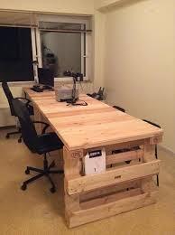 bureau palette bois 1001 idées bureau diy planchez sur ces 44 modèles