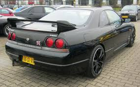 nissan skyline station wagon this nissan skyline r33 has more power than an aventador for 6 of