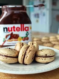 maman baise en cuisine design bake run coffee nutella macarons macarons