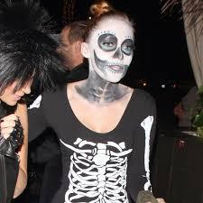 halloween costoums miley cyrus u0027s halloween costumes through the years popsugar