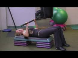 Bench Press Wide Or Narrow Grip Best 25 Bench Press Bar Weight Ideas On Pinterest Bench Press
