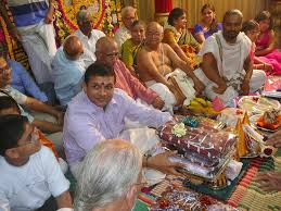 Indian Wedding Gift File Gift Giving Ceremony Jpg Wikimedia Commons