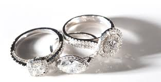 gear wedding ring how to buy a diamond engagement ring gear patrol