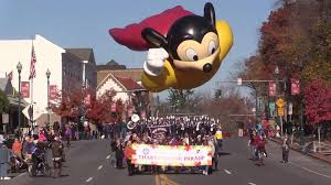 thanksgiving parades in new rochelle stamford and nyc