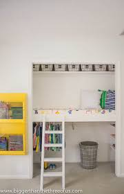 How To Make A Loft Bed With Desk Underneath by Remodelaholic 15 Amazing Diy Loft Beds For Kids