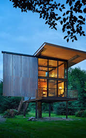 tiny houses on foundations best 25 house on stilts ideas on pinterest tiny beach house