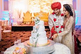 wedding cake cutting wedding cake cutting in new hyde park ny