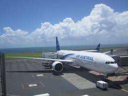 siege boeing 777 300er air reviews of air austral flight from run to cdg