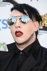 marilyn manson injured onstage in new york taken away on