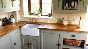 what color green to paint kitchen cabinets mint green is becoming one of the colors to paint your kitchen