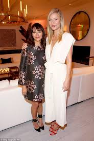 Image Gallery Lindsay Jones Lenny - gwyneth paltrow wows in white at rh modern gallery launch in los