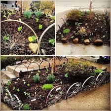 Garden Art To Make - best 25 garden junk ideas on pinterest recycled yard art