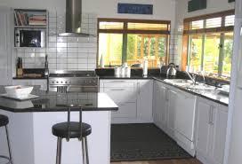 comptoir de cuisine noir winsome cuisine blanc comptoir noir id es patio sur armoires de et