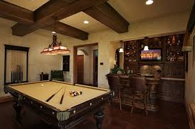 Homes With Amazing Pool Tables That Are Anything But An Eyesore - Cool family rooms