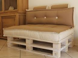 divanetto da cucina gallery of divano con bancali divani moderni divanetto per