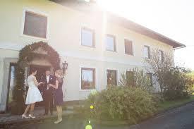 Bad Hall Wunderschöne Intime Hochzeit Im Schloss Kremsegg Hochzeitsfotos
