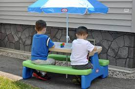 step 2 folding picnic table furniture step2 naturally playful picnic table with umbrella